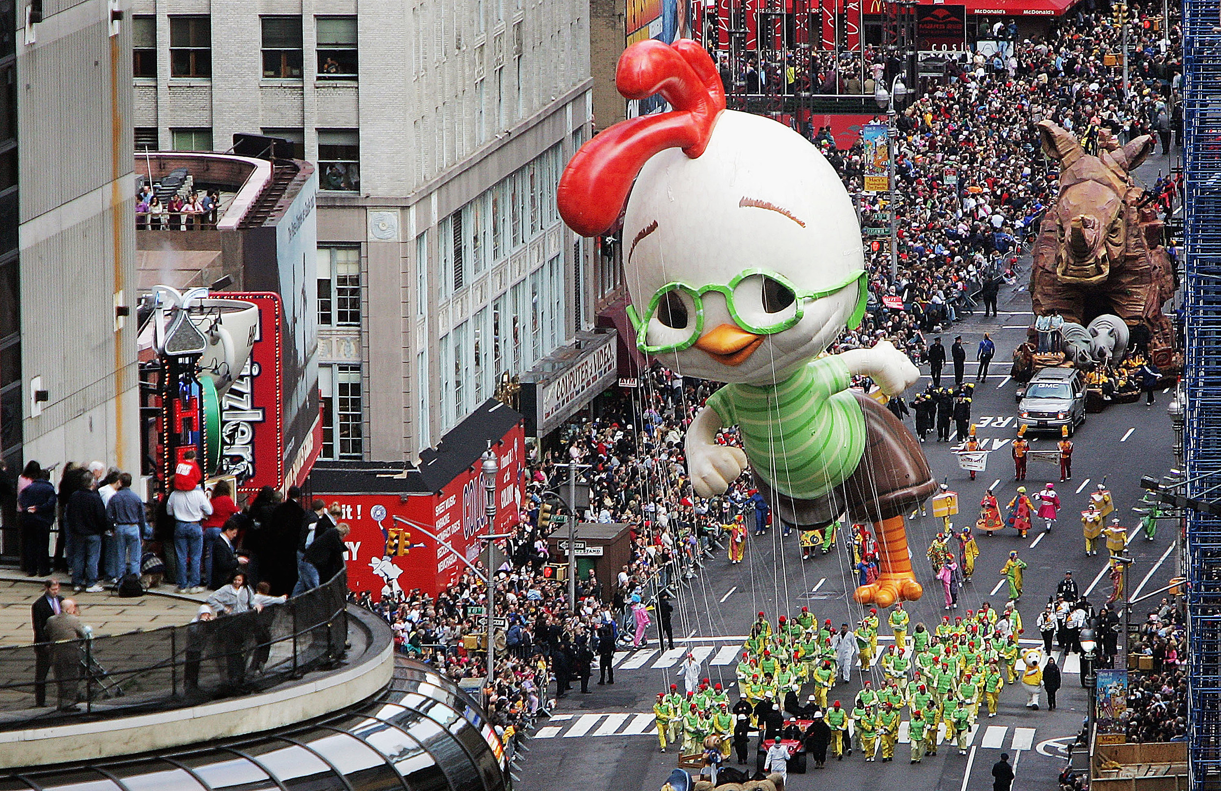 Macy's Thanksgiving Day Parade Fills Streets Of New York